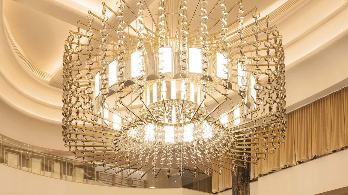 Secondary to the chandelier, strip lightinghighlights architectural elements in the ceiling and provide an ambient glow from above. The result is both stunning and elegant. Primo X2 LED strip is used throughout the coves.
