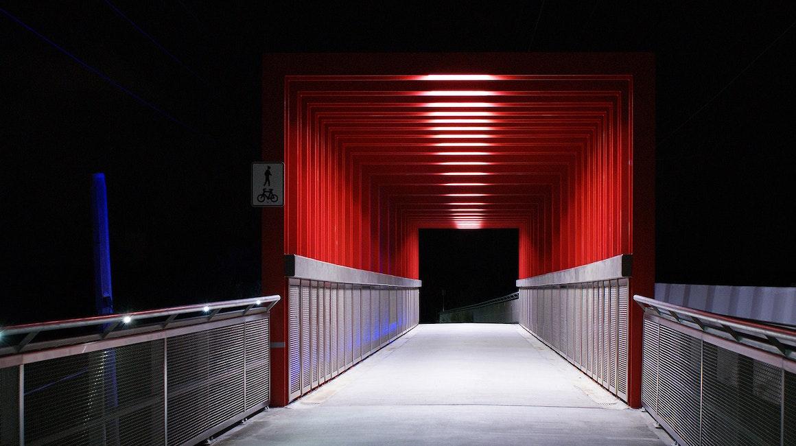 Discreet strip illumination to Manningham Bridge in Melbourne.
