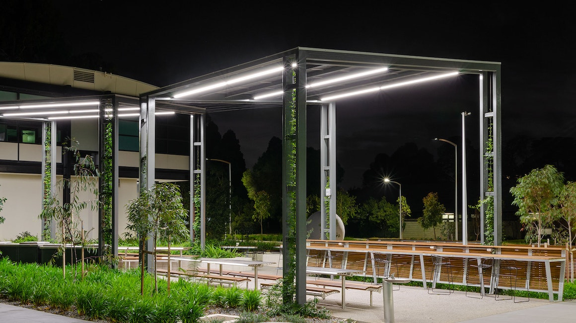 The subtle yet lustrous flow of light brings calming ambience to the study zone at Monash University Clayton. The smooth effect of serenity is achieved with Electro IP - a robust luminaire with the homogenous light output.