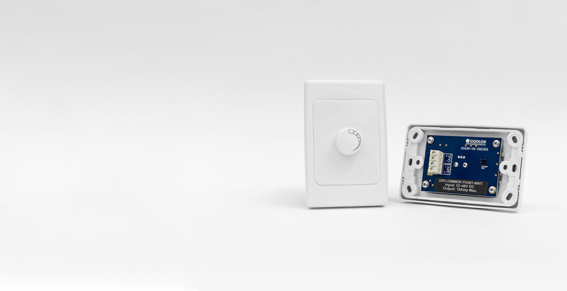 The Dimmer Point driver is designed to suit most indoor LED applications. A compact design allows it to be installed as a standard electrical faceplate.