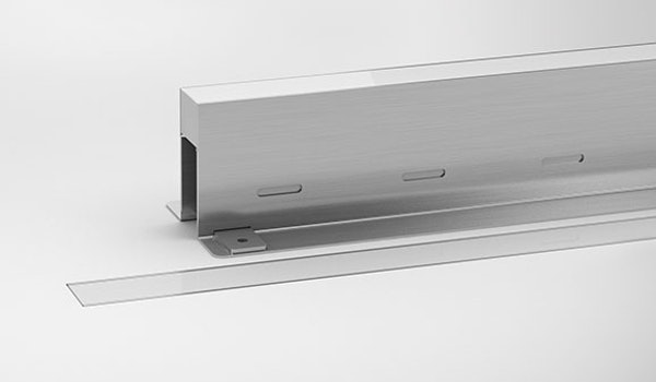 Interra is an IP67 in-ground luminaire available in various lengths and colour temperatures. Interra is designed to allow multiple units to be placed end-to-end and produce continuous illumination void of obvious breaks.
