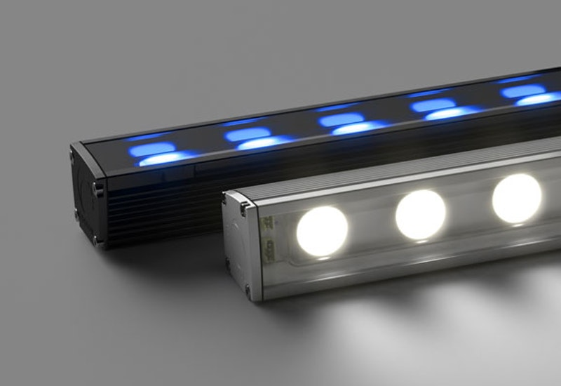 Maxis C is a high-power luminaire capable of high lumen output - available in a range of vibrant, static colours. Pure static colour is provided without the need for external control, for maximum efficacy and high impact.