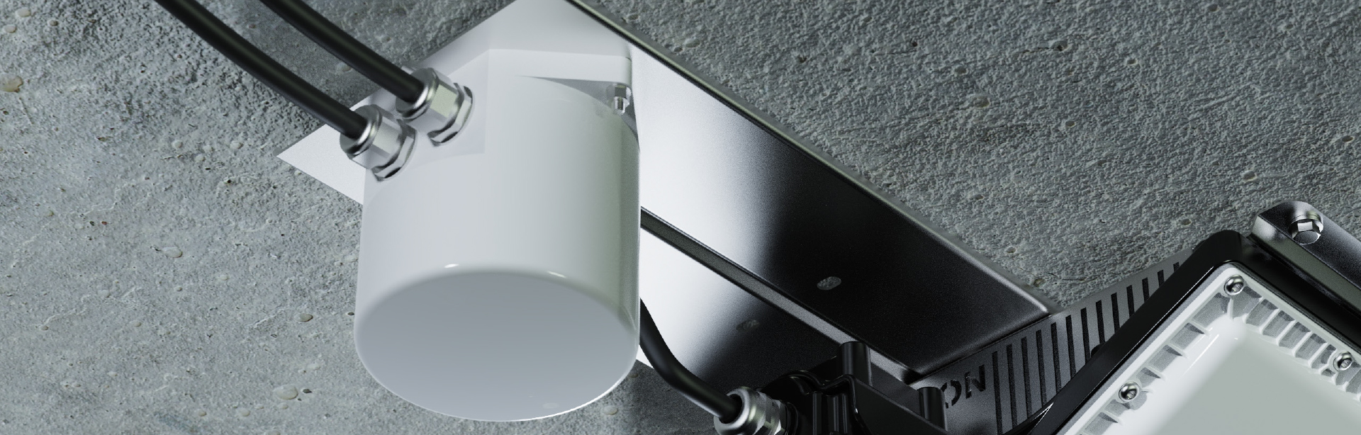 Allows for convenient mains in-out connection at the luminaire without modifying the luminaire.