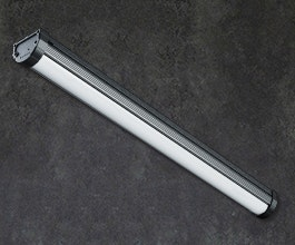 A perfect fit for the dimensions of its fluorescent predecessor, the BNS mining light offers an effortless transition to robust, bright, and reliable lighting.
