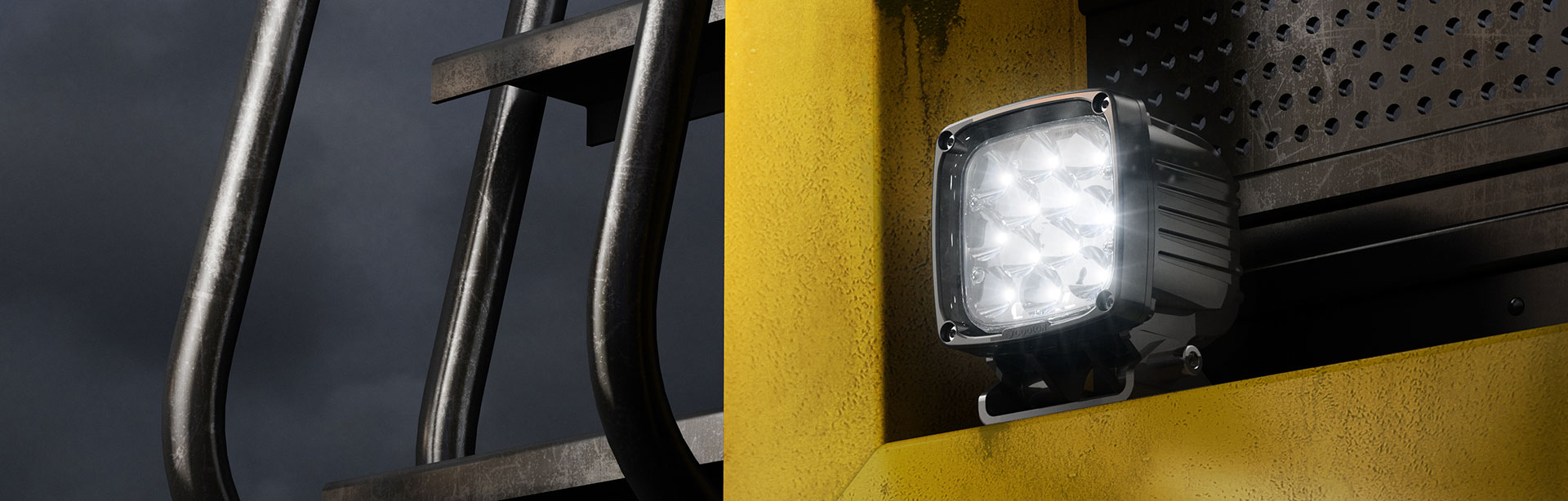 The CP12 LED mining floodlight is a highly efficient, high lumen output mobile plantlight that is available in multiple optical variations.