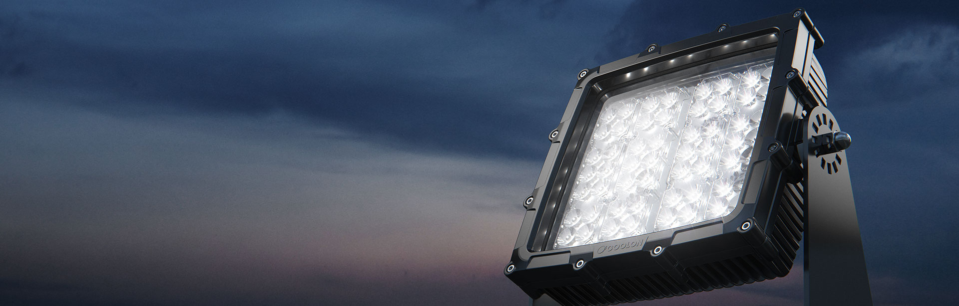 The CP56 LED mining floodlight offers the most robust and heavy-duty industriallighting solution for tough mining machinery. It delivershigh-power light in mining environments.