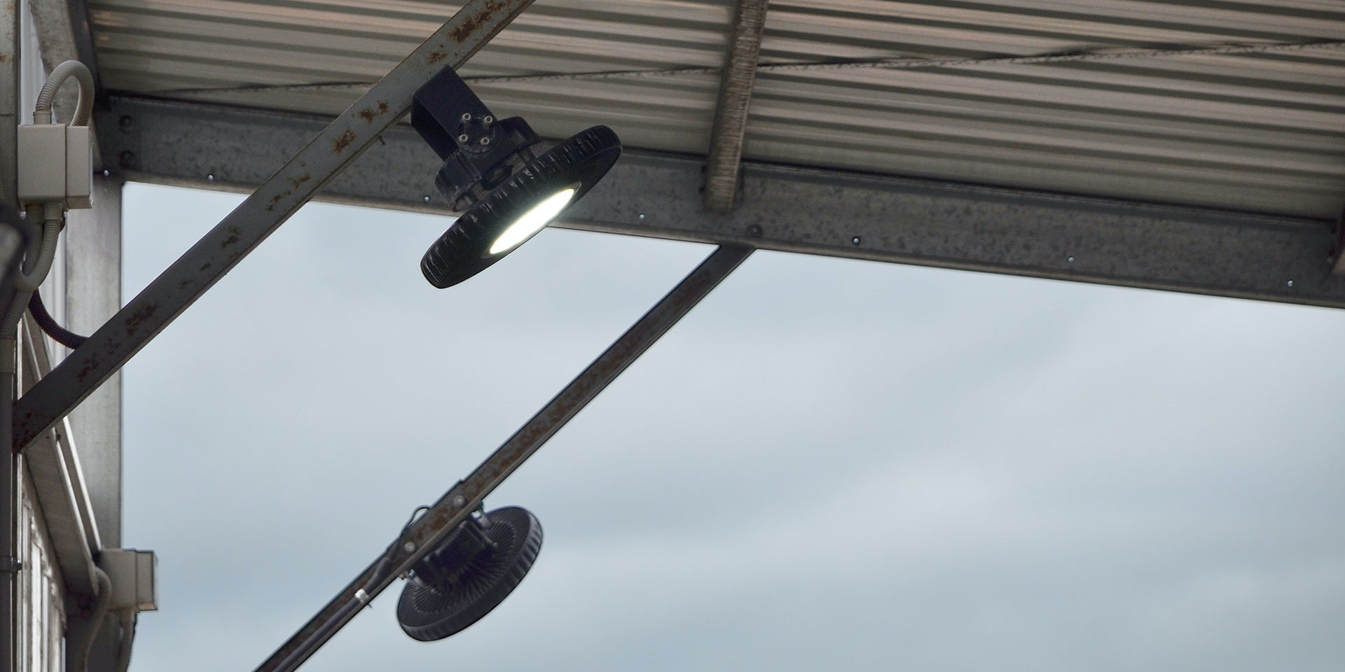 IBYS LED High Bay in application, installed on a wash plant