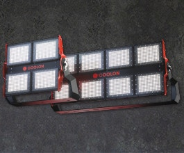 Our most powerful and robust flood light that provides wider surface coverage without losing intensity or quality of light. Resistant to corrosion, impacts and vibration.